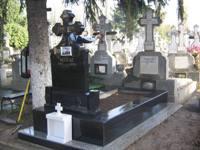 monument funerar 9