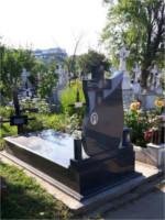 monument funerar 29