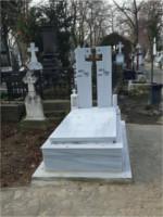 monument funerar 30