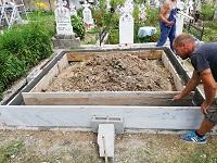 monument funerar 49